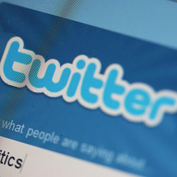 A police force will tweet all incidents for 24 hours