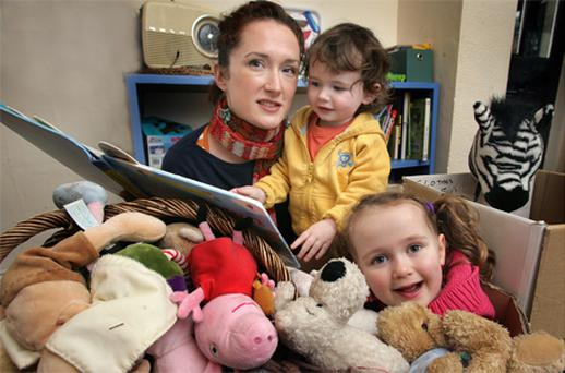Moving experience: Oonagh Montague, with children Theo and Eve, who recently survived a cross-country move