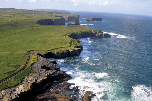 The club will broadcast from the lighthouse on picturesque Loop Head