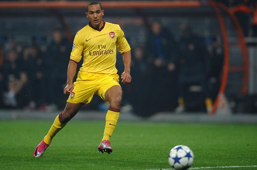 Theo Walcott strikes in just the 10th minute against Shakhtar Donetsk