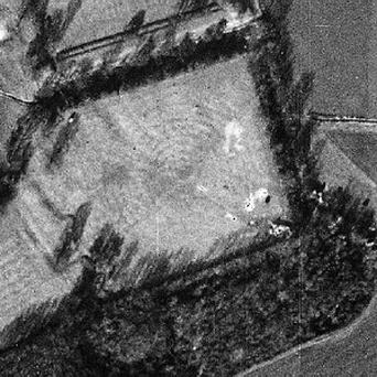 Luftwaffe's photograph has helped unearth what is thought to be the lost Tudor design of a historic garden