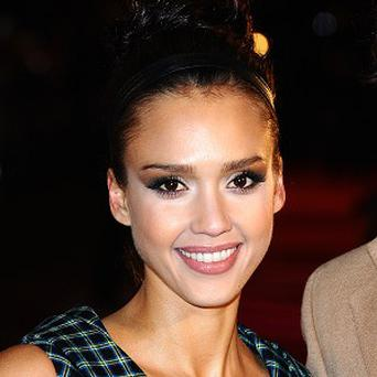 Jessica Alba has apparently suggested that actors don't need screenwriters