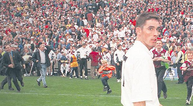 Anthony Rainblow leaves the field after Kildare's defeat to Galway in the 1998 All-Ireland SFC final.