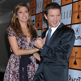 Eva Mendes and Jeremy Renner announced the nominations for the Spirit Awards