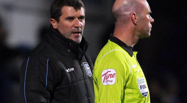 Roy Keane vents his frustration at the linesman during the Carling Cup quarter final match - Ipswich won 1- 0. Photo: Getty Images