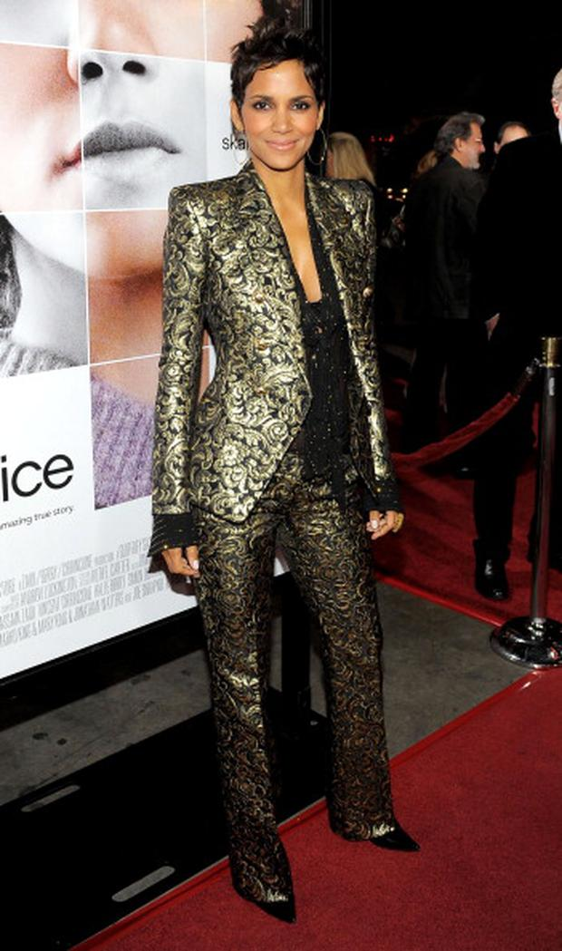 HOLLYWOOD, CA - NOVEMBER 30: Actress Halle Berry attends the premiere of 'Frankie and Alice' at the Egyptian Theatre on November 30, 2010 in Hollywood, California. (Photo by Charley Gallay/WireImage)