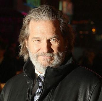 Actor Jeff Bridges arrives at the UK premiere of Tron: Legacy