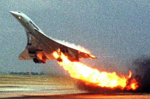 Flight 4590 to New York shortly after take-off from Charles de Gaulle on July 25, 2000