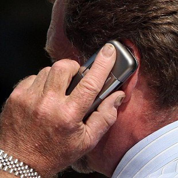 The European Commission has issued a new warning to mobile operators over using phones abroad