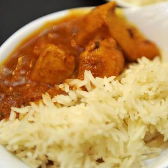 A restaurateur is set to deliver curries to Edinburgh's homeless this Christmas