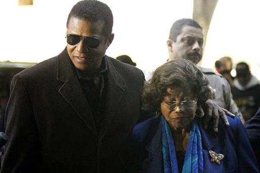 Jackie Jackson and his mother Katherine Jackson arrive at court in Los Angeles yesterday. Photo: Mario Anzuoni
