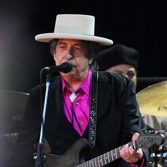 Bob Dylan will take to the stage at the Grammys