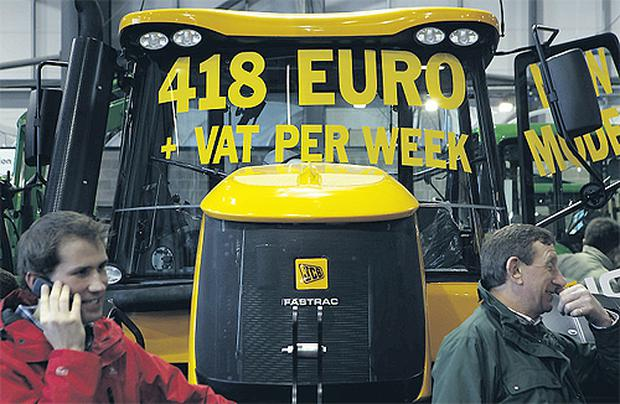 John Deere have joined AGCO and JCB ECI in offering finance packages