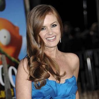 Isla Fisher said she didn't mind being on set with Johnny Depp