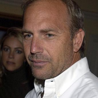 Kevin Costner says he's not 'exactly in vogue'