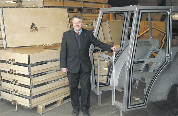 Ian Smith, AGCO's supplier development specialist, takes a look at a C&G delivery of Massey Ferguson 300 series doors ready for dispatch