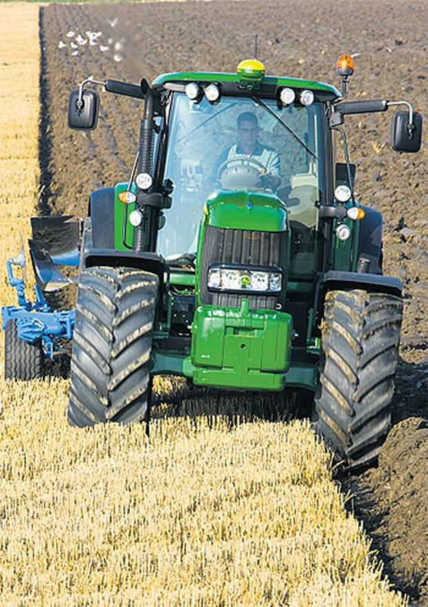John Deere heads the German, 19.7pc share, and French tractor sales market, 20.8pc share, for last year