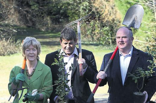 TDs Anne Ferris (Lab), Andrew Doyle and Billy Timmins (both FG) in Co Wicklow for National Tree Week. COLM MAHADY