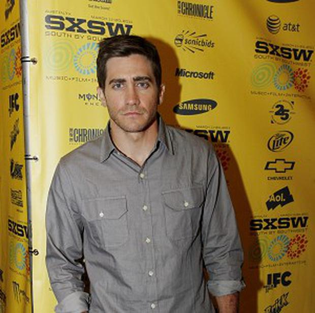 There Is No Bathroom.Jake Gyllenhaal No Bathroom Pics Independent Ie