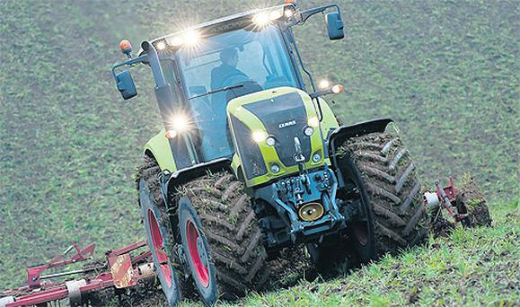 Claas' new Axion 900 series features engines from Fiat Power Train, which use SCR (AdBlue) to meet emission targets