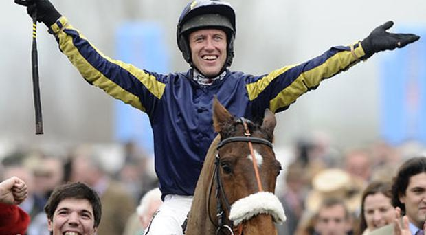 Robbie Power riding Bostons Angel win The RSA Chase. Photo: getty Images