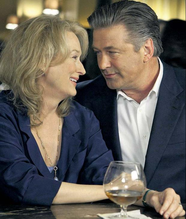 Meryl Streep and Alec Baldwin as a divorced couple in 'It's Complicated'