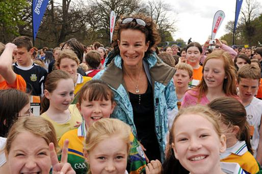 Sonia O'Sullivan, pictured here at last year's event, will once again start the children's race at the Spar Great Ireland Run in the Phoenix Park on April 10.