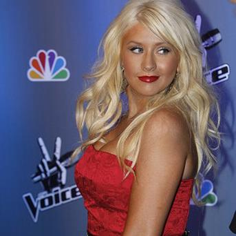 Christina Aguilera has been tweeting for the first time