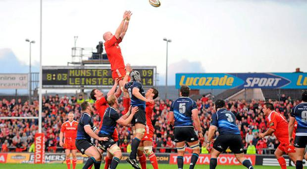 Paul O'Connell, Munster, wins posession in the line-out