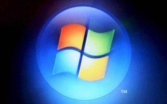 Respected bloggers and writers Rafael Rivera and Paul Thurrott have begun a series of blog posts exposing initial thoughts in the first build of Windows 8 that Microsoft is releasing to developers