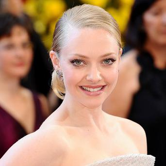 Amanda Seyfried said she got fed up of wearing the heavy cloak