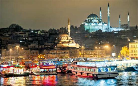 The view from the Bosphorus of the soaring Süleymaniye mosque