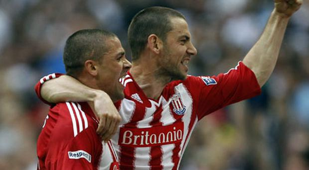 Jonathan Walters and Rory Delap will be hoping to have further cause for celebration when Stoke City take on Manchester City in the English FA Cup final at Wembley next month. Photo: Reuters
