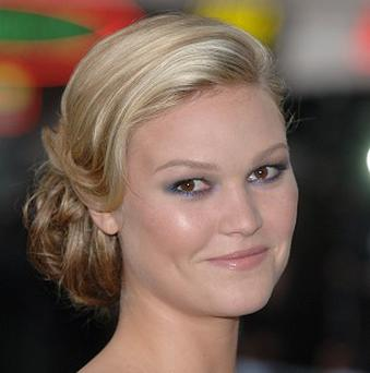 Julia Stiles is set to star alongside Melissa George
