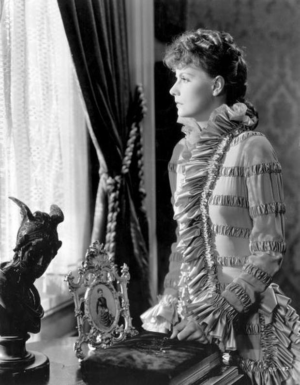 1935: Swedish actress and movie legend Greta Garbo (1905 - 1990) plays the title role in the film 'Anna Karenina', adapted from Leo Tolstoy's tragic novel and directed by Clarence Brown for MGM. (Photo by Hulton Archive/Getty Images)