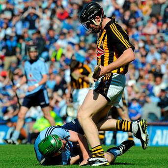 Kilkenny's John Dalton clashes with Conor McCormack of Dublin during the Allianz NHL Division 1 final at Croke Park last Sunday.