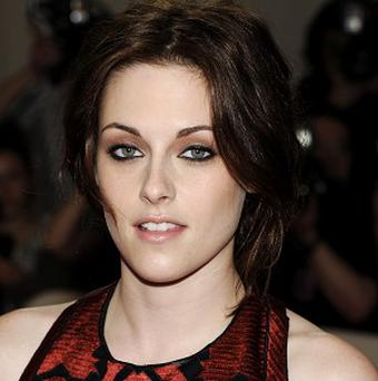 Kristen Stewart gets MTV nods