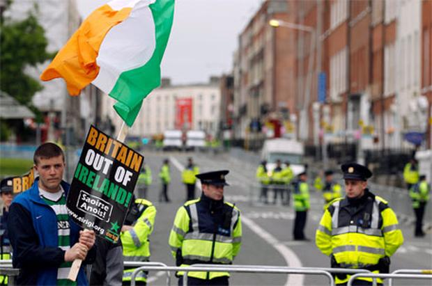 Members of Republican group Eirigi gather on O'Connell Street in Dublin to protest against the upcoming visit of Queen Elizabeth
