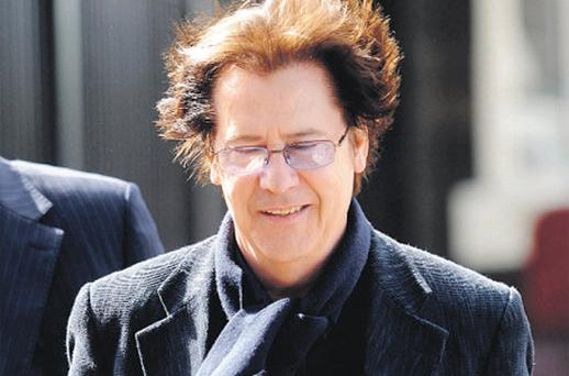 Shakin' Stevens arriving for his appeal hearing