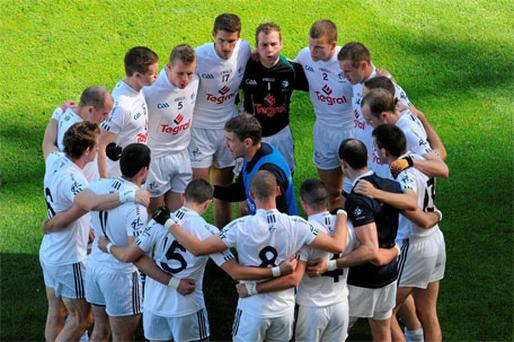 Kieran McGeeney talks to his Kildare players before last year's All-Ireland semi-final against Down