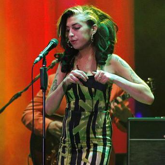 Amy Winehouse has axed the rest of her scheduled tour dates