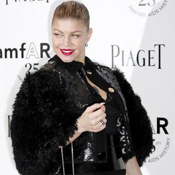 Fergie had to be helped on stage by Marc Jacobs