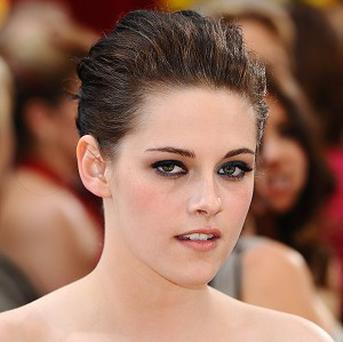 Kristen Stewart will play Snow White in the new film