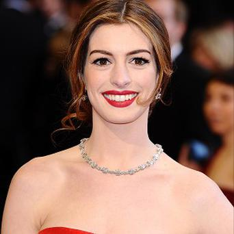 Anne Hathaway says mastering a British accent was tough