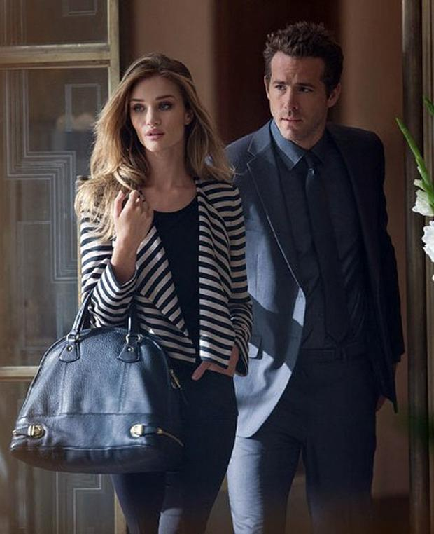 Rosie Huntington Whiteley and Ryan Reynolds in the autumn 2011 campaign