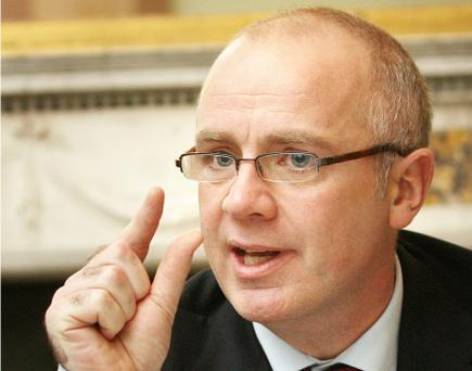 Anglo Irish Bank's former chief executive David Drumm has filed for voluntary bankruptcy in the United States where the bankruptcy laws are much more lenient compared to Ireland