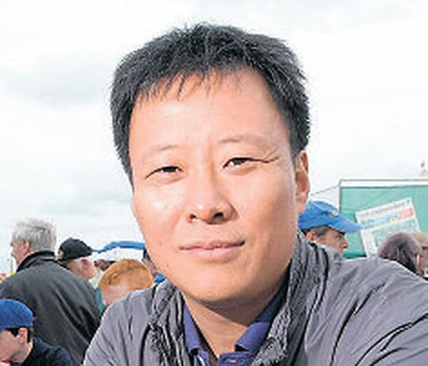 Zhenghong Lee: dairy boss