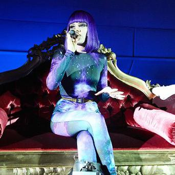 Jessie J thinks designer cast covers are the way forward