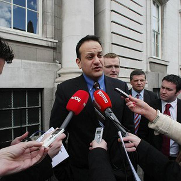 Plans for a 25km Metro link between Tallaght and Dublin Airport have been pulled, Transport Minister Leo Varadkar confirmed