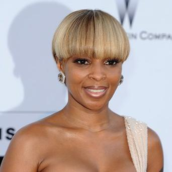 Mary J Blige would love to do a duet with Tom Cruise